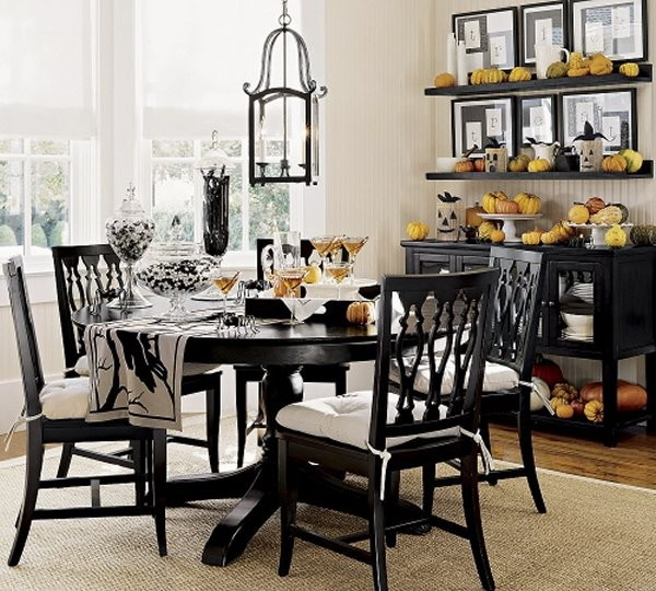 Best Decorating Ideas For Small Dining Room 14