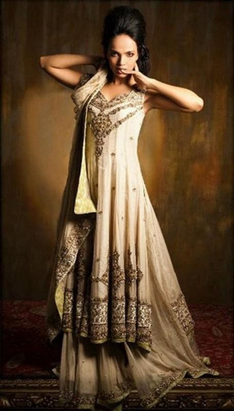 latest engagement dresses trends for women 2014