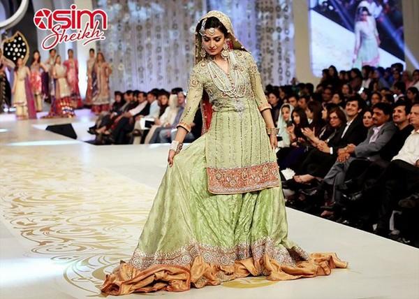 Latest Pakistani Valima Dresses 2014 For Brides 10