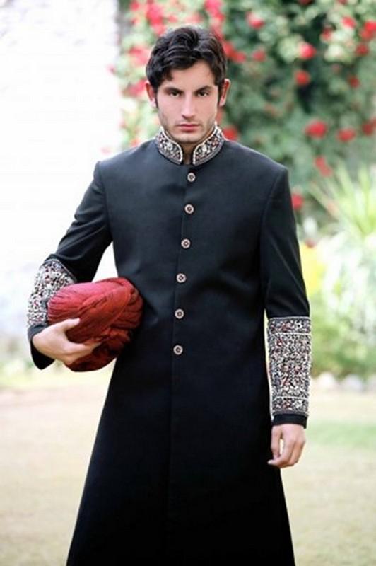 Trends of Black Sherwani 2014 For Pakistani Groom 6