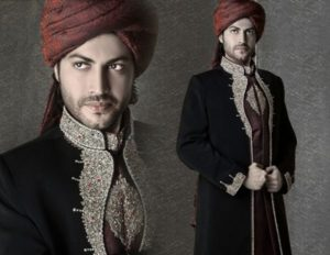 <b>Trends of Black Sherwani 2014 For Pakistani Groom</b>