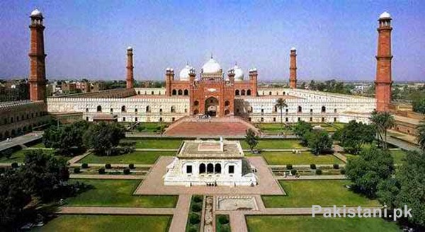10 Popular Mosques In Pakistan - Badshahi Mosque - Lahore