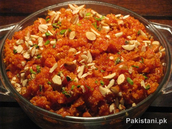 5 Popular Pakistani Sweet Dishes - Gajar Ka Halwa
