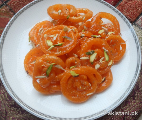 5 Popular Pakistani Sweet Dishes - Jalebi