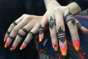 beautiful henna mehndi rings
