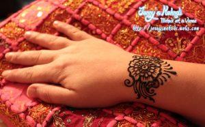 elegant floral wrist band mehndi design