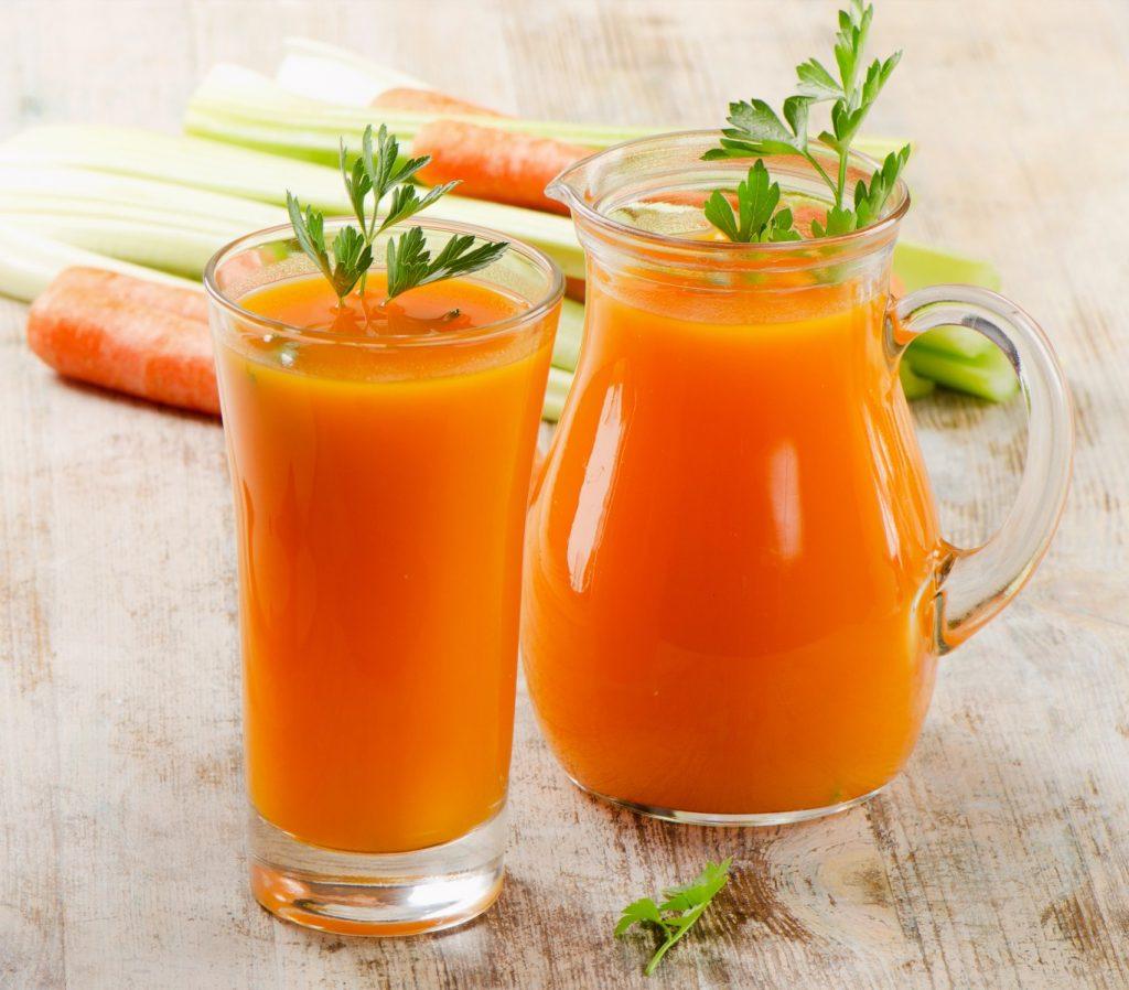 Top 8 Benefits of Carrot Juice