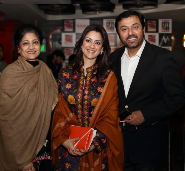 Top 10 Pakistani Actors With Their Wives - Nouman Ijaz