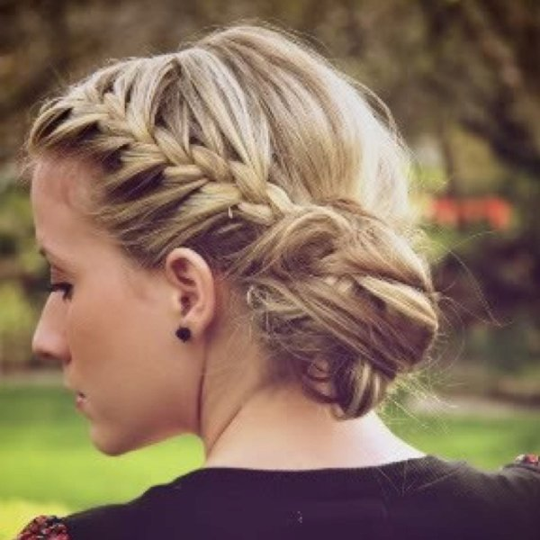50 Simple Curly Hairstyles You Can Do In 10-Minutes-Side Braid into a Low Side Bun