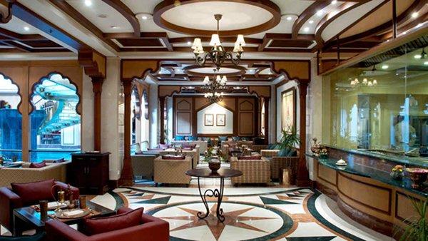 10 Famous Restaurants In Lahore-Lakhnavi