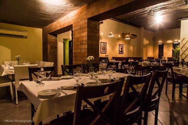10 Famous Restaurants In Lahore-Pompei
