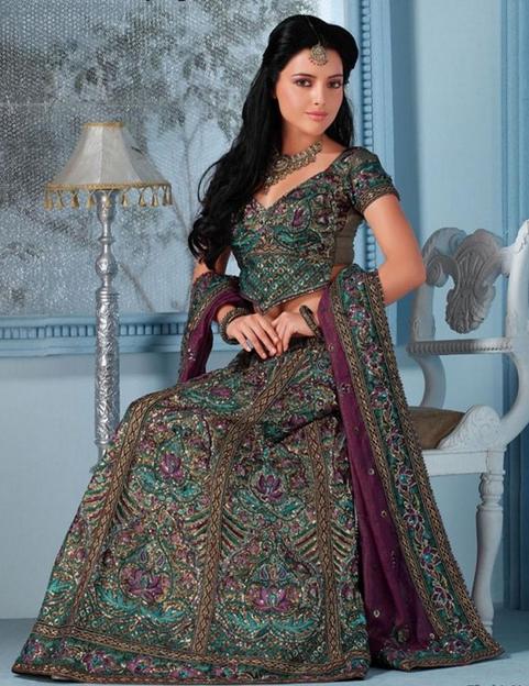 20 Indian Wedding Dresses You Can Try This Season - Purple Lehanga Choli