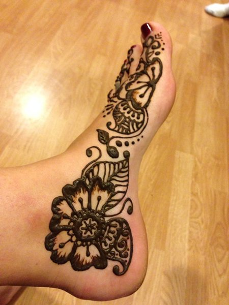 20 Simple Mehndi Designs For Feet-Block Motifs Design