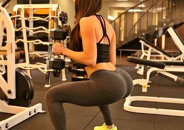 12 Benefits Of Squats Which Every Girl Should Try-You Can Have a Larger Butt By Doing Squats