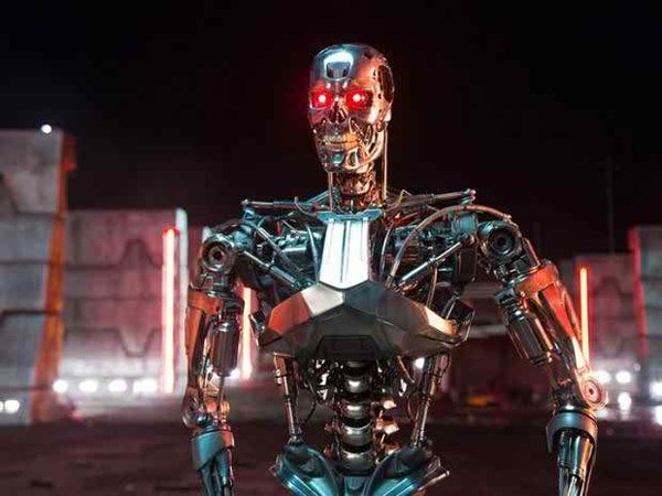 10 Famous Robots Ever Seen In Movies-T-800, The Terminator