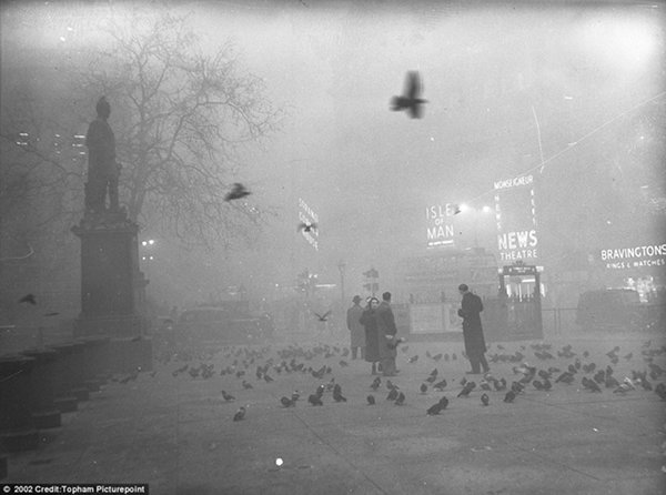 10-most-horrific-man-made-disasters-in-history-amazing-londons-killer-fog-disaster