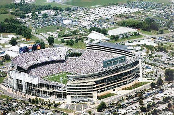 10-most-loudest-college-football-stadiums-happy-valley