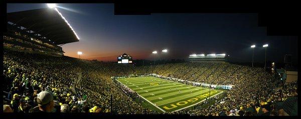10-most-loudest-college-football-stadiums-the-autzen-zoo