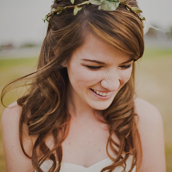 12 Summer Bridal HairStyles For Women-Beautiful Half Up Hairstyle