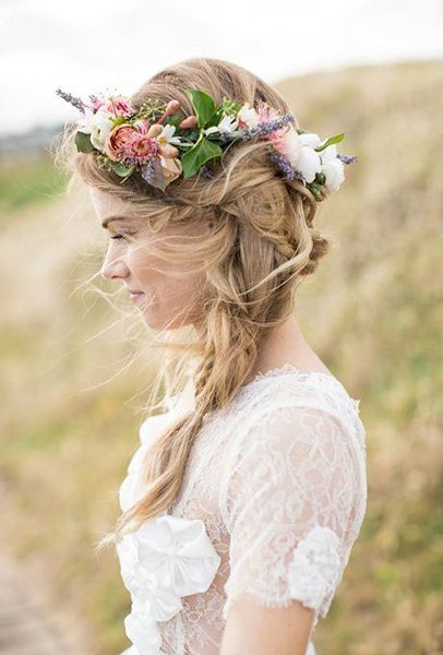 12 Summer Bridal HairStyles For Women-Gorgeous Wispy Locks And Flower Crown