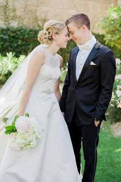 12 Summer Bridal HairStyles For Women-Trendy Twisted Tendrils Hairstyle