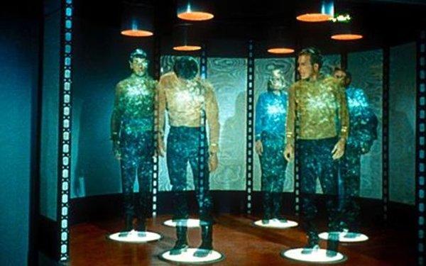 10 Astonishing Futuristic Technologies That Will Never Exist-Human Teleportation