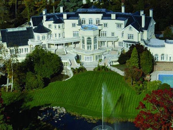 10 Most Expensive And Huge Mansions In The World-Elena Franchuk's Victorian Villa