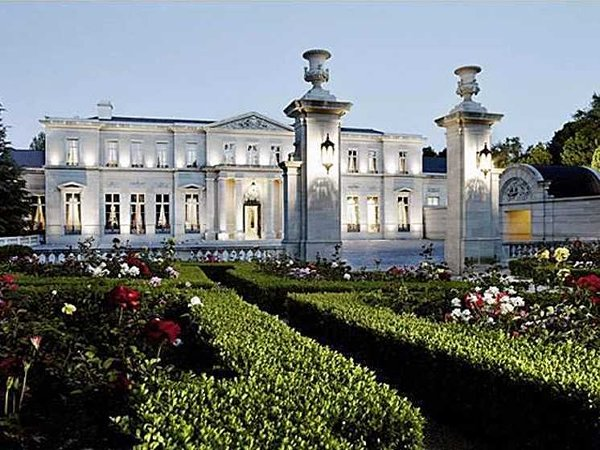 10 Most Expensive And Huge Mansions In The World-Fleur de Lys