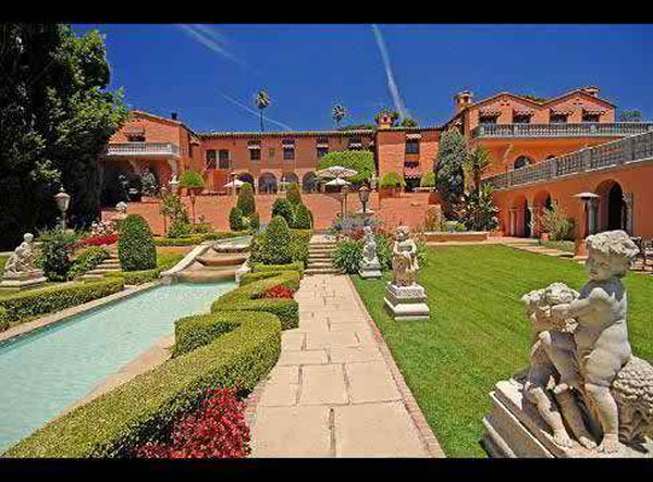 10 Most Expensive And Huge Mansions In The World-William Randolph Hearst's Mansion