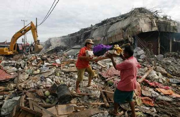 10 Worst Major Earthquakes In The World-Northern Sumatra, Indonesia, 2005
