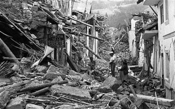 10 Worst Major Earthquakes In The World-Off the Coast of Ecuador, 1906