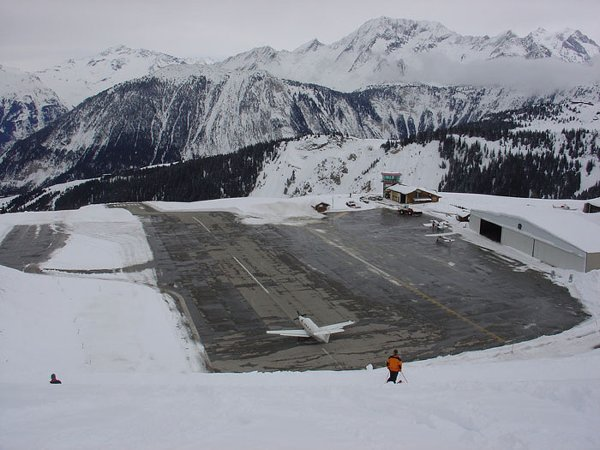 Top 10 Most Dangerous Airports In The World-Courchevel International Airport in France