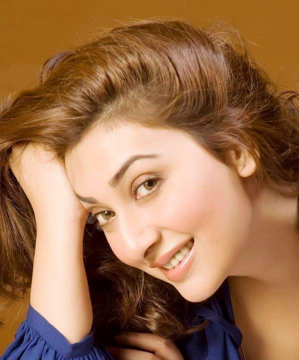 Top 10 Most Beautiful Eyes Pakistani Actresses