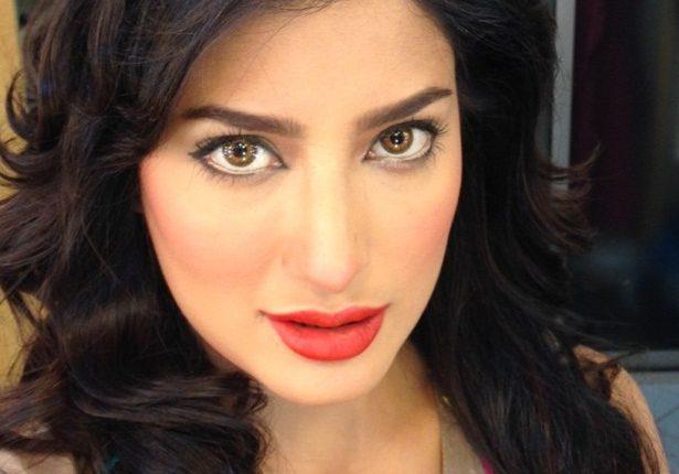 Top 10 Most Beautiful Eyes Pakistani Actresses – Mehwish Hayat