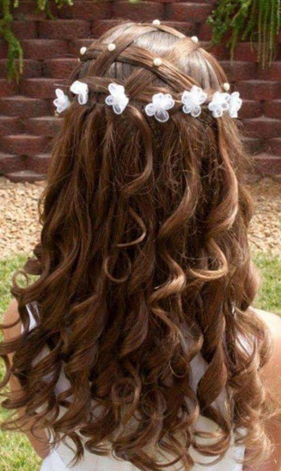 22-perfect-birthday-hairstyles-which-you-can-try-at-home-curly-hairstyle