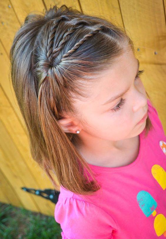 22-perfect-birthday-hairstyles-which-you-can-try-at-home-front-braided-hairstyle